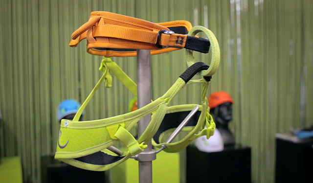 Edelrid-Finn-Light-harness