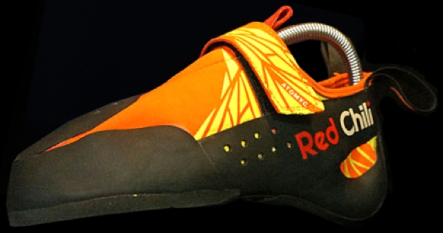 Red Chili Atomyc climbing shoe