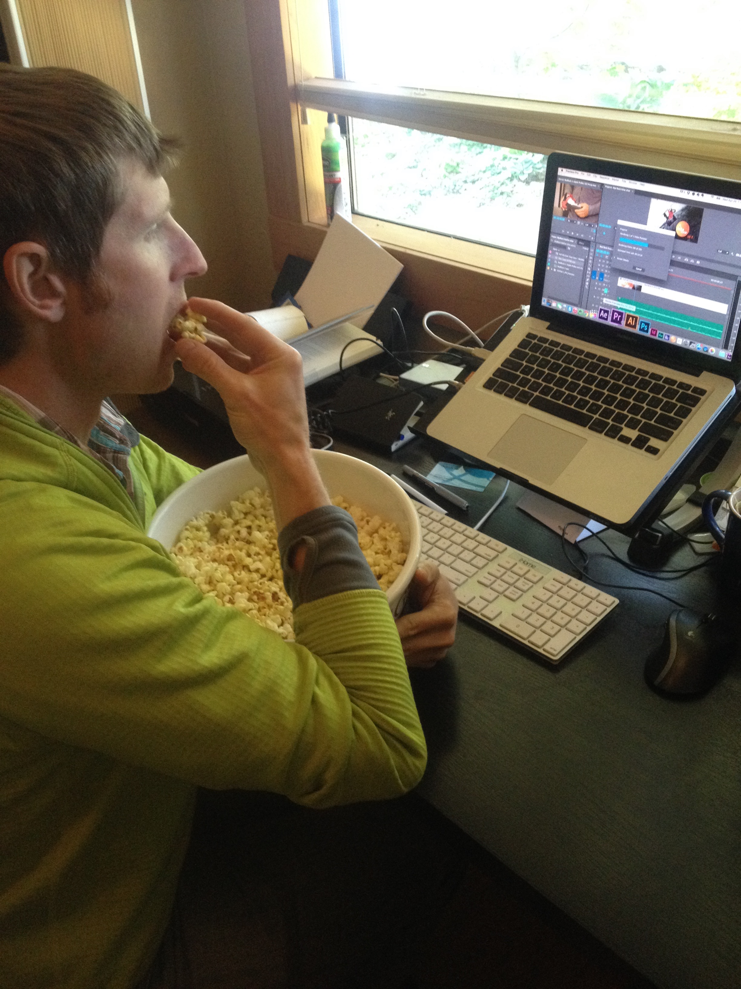 Andreas with popcorn