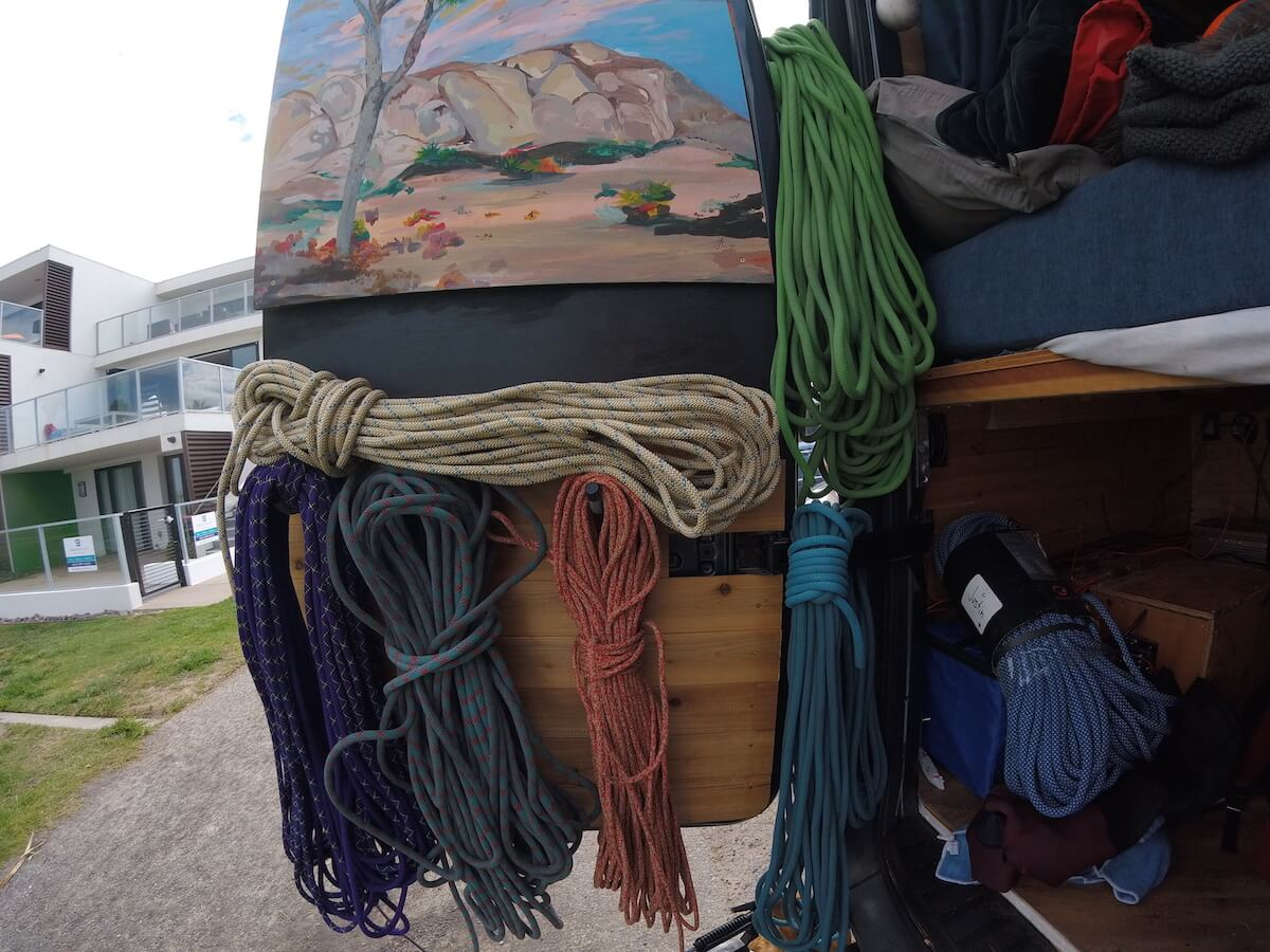 sprinter-van-rope-storage